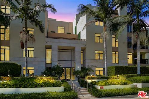 Photo of 447 N Doheny Drive #303, Beverly Hills, CA 90210 (MLS # 20634844)