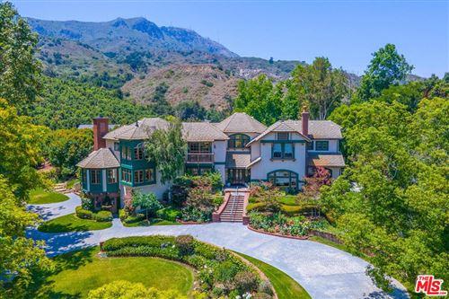 Photo of 20220 S Mountain Road, Santa Paula, CA 93060 (MLS # 21757844)