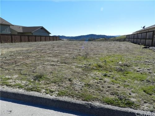 Photo of 3275 Catalina Place, Paso Robles, CA 93446 (MLS # NS21034844)