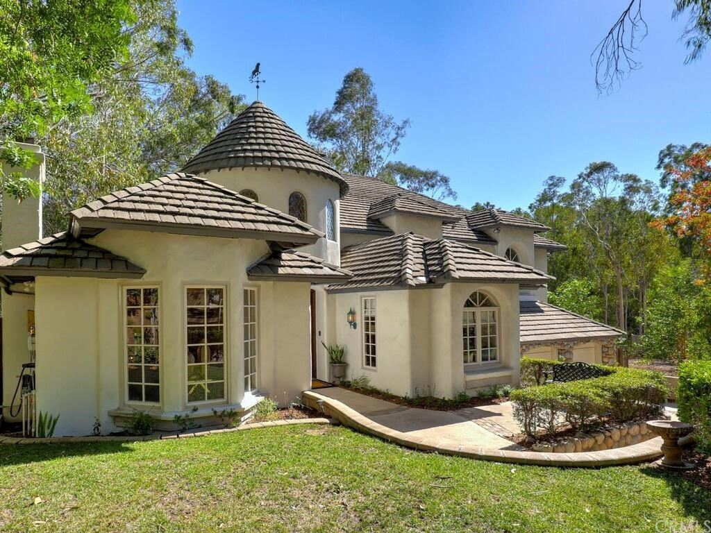 Photo of 22202 Eucalyptus Lane, Lake Forest, CA 92630 (MLS # OC21227845)