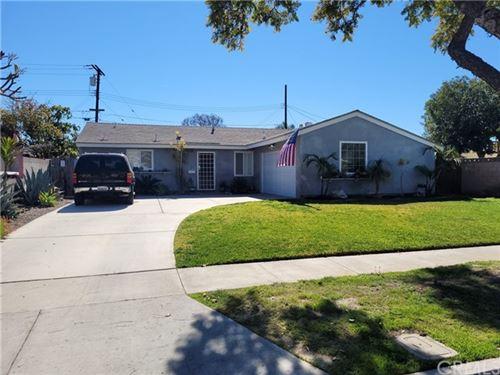 Photo of 3646 W Glenroy Avenue, Anaheim, CA 92804 (MLS # OC21036846)