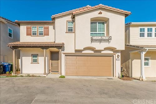 Photo of 23233 W Canterbury Way, West Hills, CA 91307 (MLS # SR20252846)