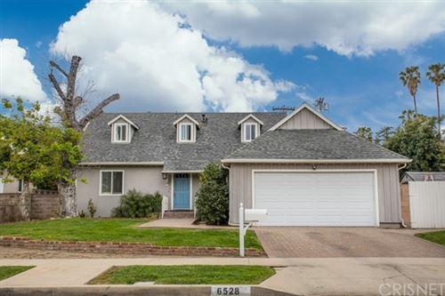 Photo of 6528 Kessler Avenue, Woodland Hills, CA 91367 (MLS # SR21081846)