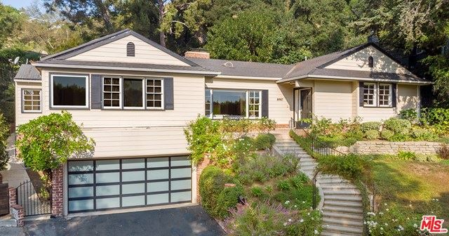 Photo of 8987 St Ives Drive, Los Angeles, CA 90069 (MLS # 20650846)