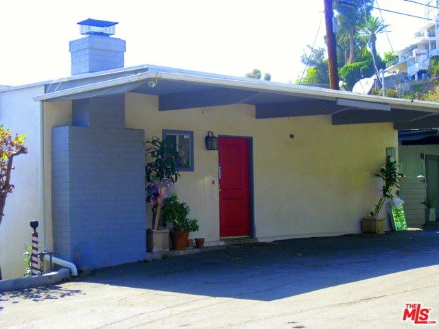 Photo of 8500 Magnolia Drive, Los Angeles, CA 90046 (MLS # 20666846)