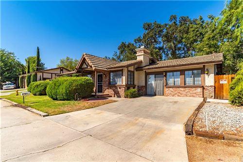 Photo of 31625 Hunter Lane, Castaic, CA 91384 (MLS # SR21197847)