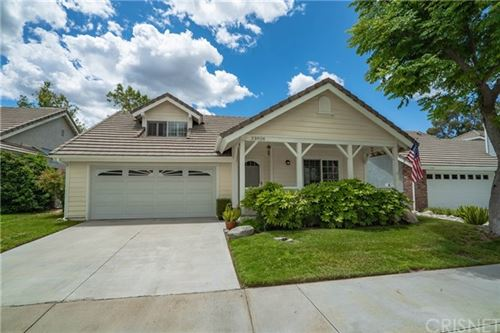 Photo of 23928 Bennington Drive, Valencia, CA 91354 (MLS # SR20093848)