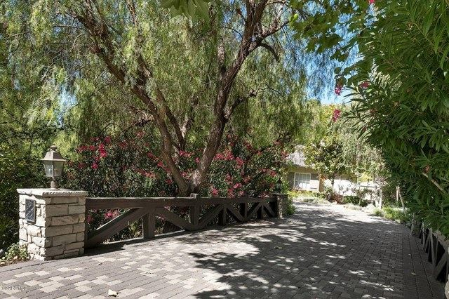 Photo of 515 Country Valley Road, Westlake Village, CA 91362 (MLS # 220003848)