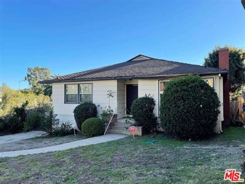 Photo of 3097 Manning Avenue, Los Angeles, CA 90064 (MLS # 21686850)