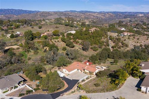Photo of 994 Sunny Hill Court, Fallbrook, CA 92028 (MLS # NDP2101850)