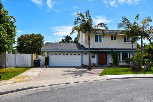 Photo of 6252 Balmoral Drive, Huntington Beach, CA 92647 (MLS # PW21096850)