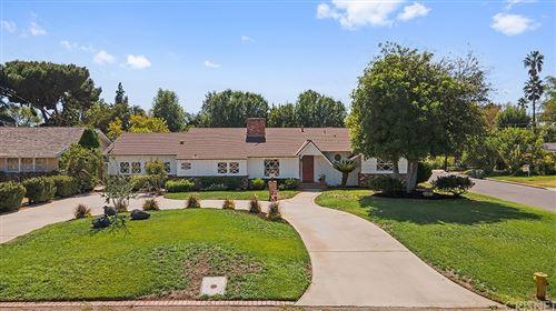 Photo of 17822 Community Street, Northridge, CA 91325 (MLS # SR21210851)