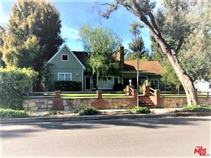 Photo of 20980 COSTANSO Street, Woodland Hills, CA 91364 (MLS # 19469852)
