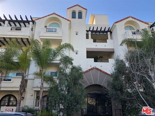 Photo of 1135 REXFORD Drive #104, Los Angeles, CA 90035 (MLS # 20553852)