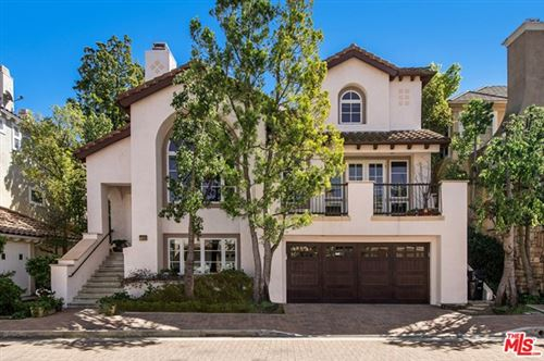 Photo of 2360 Buckingham Lane, Los Angeles, CA 90077 (MLS # 21699852)