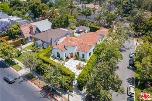 Photo of 754 S Highland Avenue, Los Angeles, CA 90036 (MLS # 21744852)