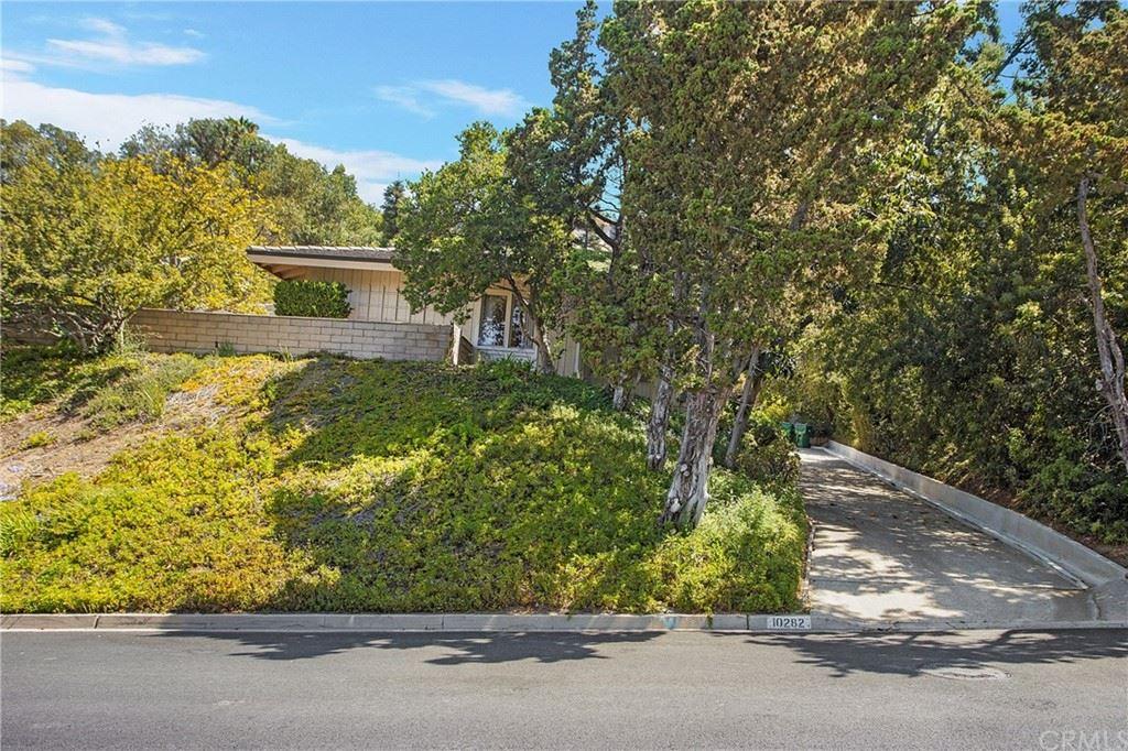 Photo of 10282 Deerhill Drive, Santa Ana, CA 92705 (MLS # OC21165852)