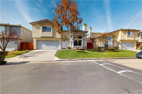 Photo of 31375 Castaic Oaks Lane, Castaic, CA 91384 (MLS # SR20244853)