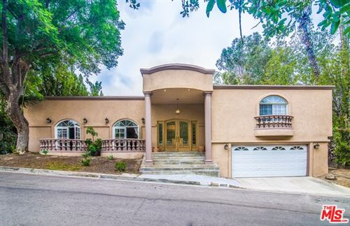 Photo of 4917 TARZANA WOODS Drive, Tarzana, CA 91356 (MLS # 20543854)