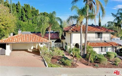 Photo of 12434 Daryl Avenue, Granada Hills, CA 91344 (MLS # 21691854)
