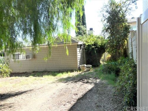 Photo of 23166 Smith Road, Chatsworth, CA 91311 (MLS # SR20216854)
