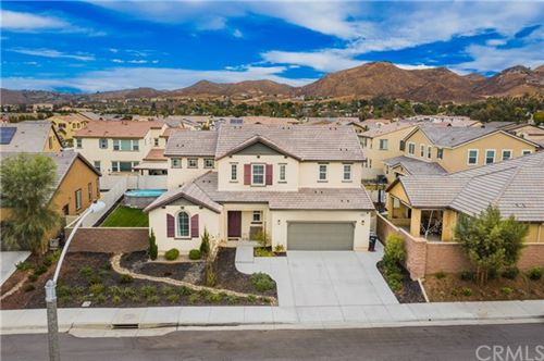 Photo of 29304 Dogwood, Lake Elsinore, CA 92530 (MLS # SW20244854)