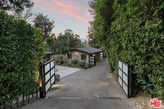 Photo of 12733 Mulholland Drive, Beverly Hills, CA 90210 (MLS # 21793854)