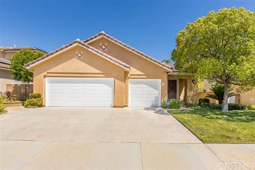 Photo of 22918 Raintree Lane, Saugus, CA 91390 (MLS # SR20139855)