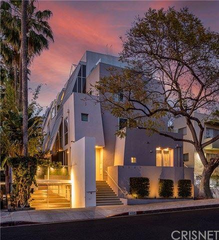 Photo of 8223 Norton Avenue #3, West Hollywood, CA 90046 (MLS # SR21091855)
