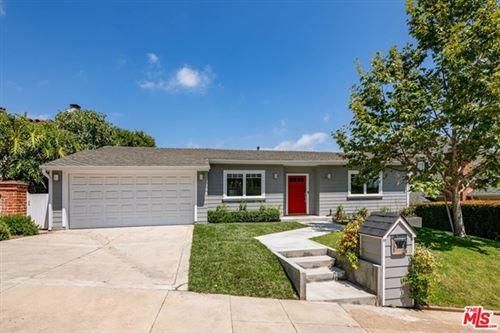 Photo of 356 Dalkeith Avenue, Los Angeles, CA 90049 (MLS # 20599856)