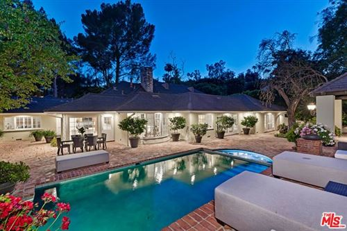 Photo of 1124 Laurel Way, Beverly Hills, CA 90210 (MLS # 20645856)