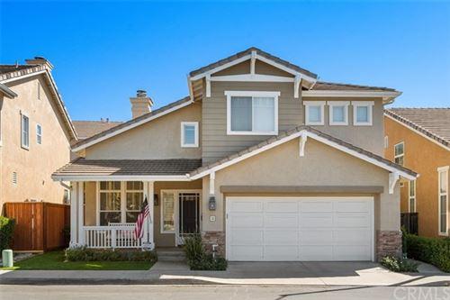 Photo of 32 Silkwood Lane, Rancho Santa Margarita, CA 92688 (MLS # OC21039856)
