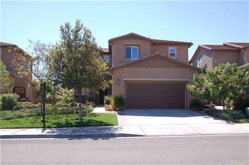 Photo of 19556 Lanfranca Drive, Saugus, CA 91350 (MLS # SR21206856)