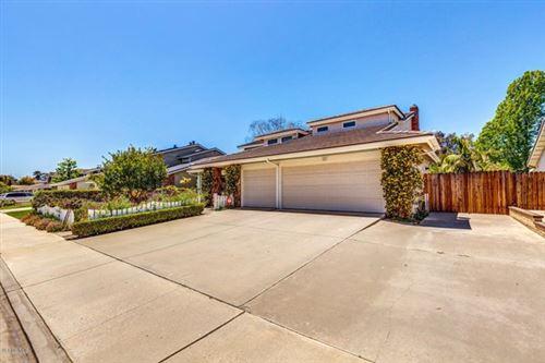 Photo of 327 Bent Twig Avenue, Camarillo, CA 93012 (MLS # 220003857)