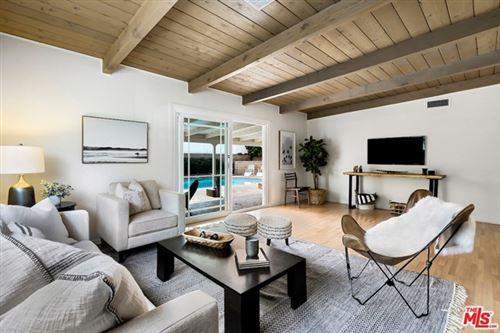 Photo of 16852 Citronia Street, Northridge, CA 91343 (MLS # 20634858)