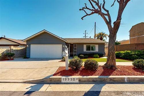 Photo of 13339 Sproule Avenue, Sylmar, CA 91342 (MLS # SR20149858)