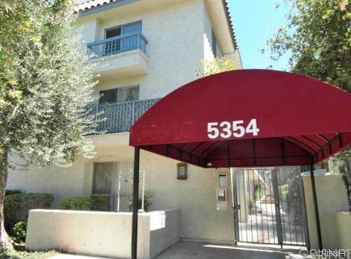 Photo of 5354 Lindley Avenue #304, Encino, CA 91316 (MLS # SR20235858)