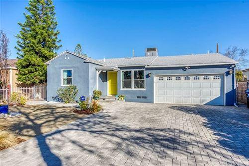 Photo of 6254 Gentry Avenue, North Hollywood, CA 91606 (MLS # SR21011858)