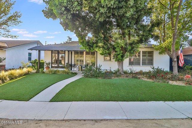 Photo of 5845 Murietta Avenue, Valley Glen, CA 91401 (MLS # 221001858)