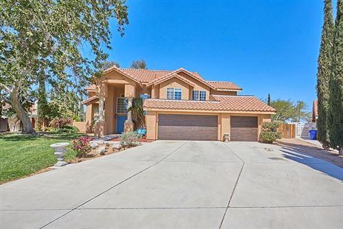 Photo of 12470 Pocono Place, Apple Valley, CA 92308 (MLS # 534859)
