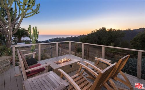 Photo of 843 Enchanted Way, Pacific Palisades, CA 90272 (MLS # 20657860)