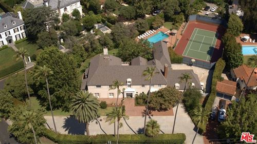 Photo of 300 S Rockingham Avenue, Los Angeles, CA 90049 (MLS # 21765860)