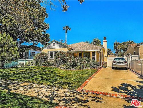 Photo of 2572 Military Avenue, Los Angeles, CA 90064 (MLS # 21776860)