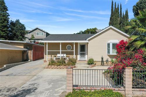 Photo of 208 Brook Road, Newbury Park, CA 91320 (MLS # 221002860)