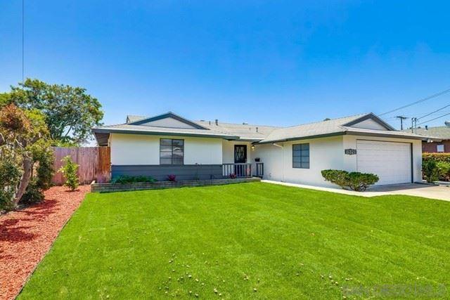 8321 Beaver Lake Dr, San Diego, CA 92119 - MLS#: 210015860