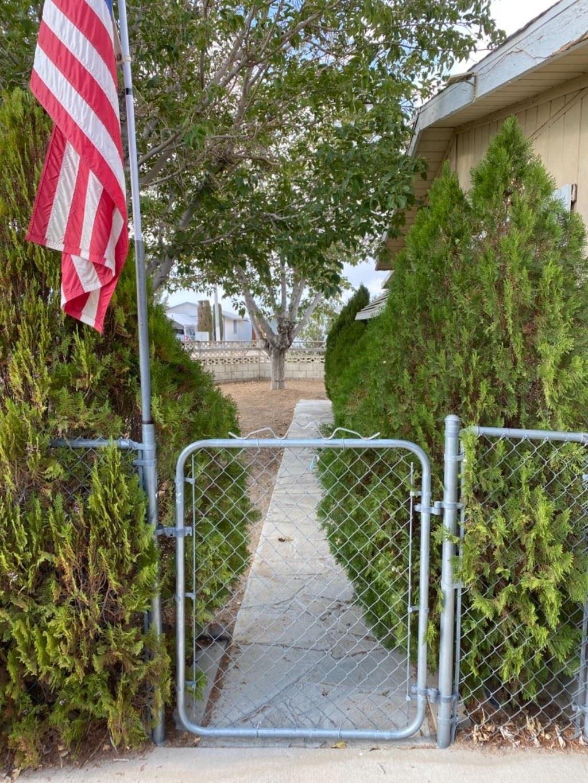 19043 Dennis Street, Adelanto, CA 92301 - MLS#: 538860