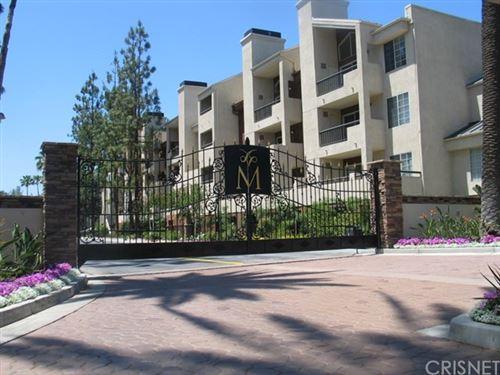 Photo of 5515 Canoga Avenue #328, Woodland Hills, CA 91367 (MLS # SR21028861)