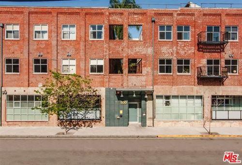 Photo of 500 MOLINO Street #103, Los Angeles, CA 90013 (MLS # 20668862)