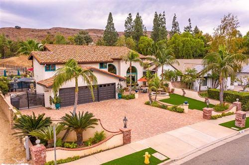 Photo of 810 Stonebrook Street, Simi Valley, CA 93065 (MLS # 220010863)