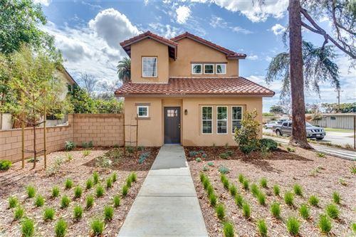 Photo of 276 Dexter W #A, Covina, CA 91723 (MLS # CV21221863)
